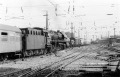 "<p style=""text-align:center"">41 1132 in Dessau vor P3222 nach Wittenberg am 20.07.1982  <br><br>Foto: Jens Ruttke</p>"