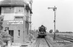 """<p style=""""text-align:center""""> 41 1132 in Eggersdorf vor Dg 54753 nach Güsten, August 1984 <br><br>Foto: Jens Ruttke</p>"""