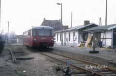 "<p style=""text-align:center""> 171 028 in Winterfeld als T 15406 Kalbe-Beetzendorf am 07.03.1991  <br><br>Foto: Jens Ruttke</p>"