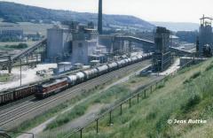 """<p style=""""text-align:center"""">232 mit Güterzug nach Camburg in Dorndorf am 13.08.1993 <br><br>Foto: Jens Ruttke</p>"""