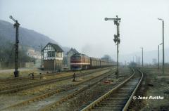 """<p style=""""text-align:center"""">220 274 in Porstendorf vor 56579 nach Göschwitz am 20.02.1994 <br><br>Foto: Jens Ruttke</p>"""